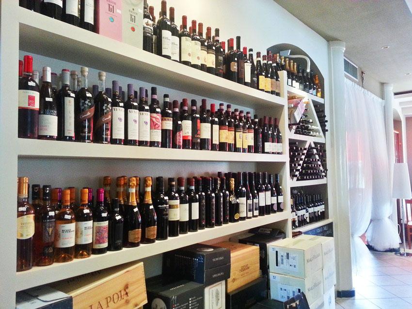 ALL'OROLOGIO Caffetteria Snack Bar | Vendita vini, ecc